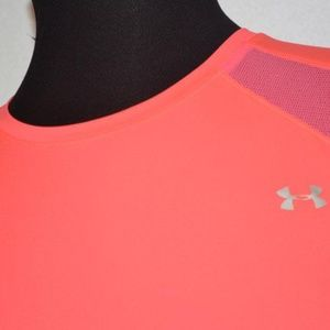 3012 Womens Under Armour Gym Shirt Polyester Size